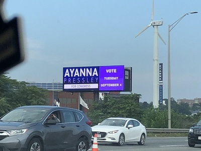 Freeway votes for Ayanna